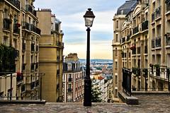 Paris (Dante Paradiso) Tags: paris france stairs torre tour montmartre francia escaleras eiffell