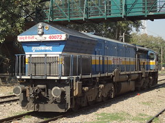 TKD WDP4B Light (Jai BGKT) Tags: from light home its delhi goods line after bringing express northern heading past nr railways kashi towards tkd moves oka bsb dls emd vishwanath okhla avoiding 40072 tughlakabad wdp4b