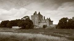 Craigmillar Castle. (IMG_0192) (Robert G Henderson (Romari).) Tags: castle edinburgh august historicscotland craigmillar 2013
