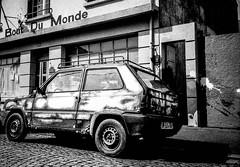 La voiture du bout du monde (BobbyJamez) Tags: blackandwhite bw car 35mm mju noiretblanc bretagne olympus du nb iso 400 hp5 monde morbihan ilford bout lorient