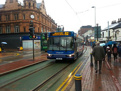 Stagecoach Bus 33248 in the Rain, West Street, Sheffield (Man of Yorkshire) Tags: bus buses rain day yorkshire rainy dennis dart stagecoach 52 westst eastlancs hillsbrough 33248 spryte t148jky