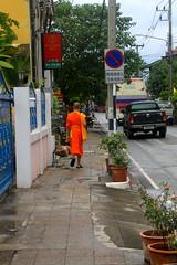 Chaing Mai, Thailand (louisa.i) Tags: city thailand asia monk buddah buddist chaingmai