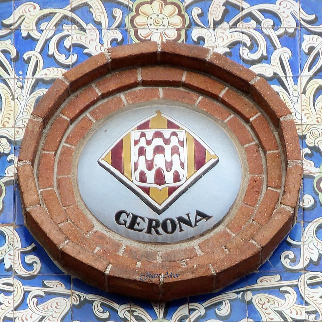 Resultado de imagen para escudo de gerona