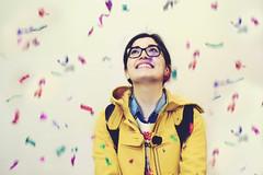 Happiness (Partenope;V) Tags: party colors girl smile glasses coat confetti festa colori ragazza occhiali happygirl coriandoli yellowcoat rga smilinggirl felicit ragazzafelice ragazzasorridente colori cappottogiallo