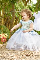 Sophia em Cinderela (Vinicius Ribeiro Fotografia) Tags: canon child infantil criana yashica cinderela childrem