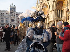 Venice Carnival - Carnevale veneziano (SissiPrincess) Tags: blue venice red sun white evening colours blu sole rosso venezia colori bianco sera piazzasanmarco sanmarcosquare venicecarnival carnevaleveneziano mindigtopponalwaysontop peopleinvenice mygearandme mygearandmepremium mygearandmebronze genteavenezia
