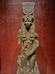 Egyptian goddess (EiaOlaf) Tags: old red rot statue rouge ancient antique goddess egypt egyptian rosso isis musuem hdr deity