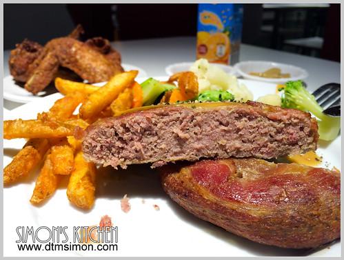 IKEA牛肉漢堡排08