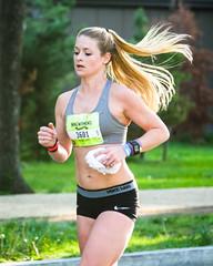 sexy ponytail runner