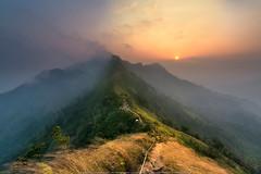 The colour of sunrise_Thailand (ExposureDDD) Tags: beautiful fog asia getty flick flicker  d8oo  boonchetchotmail boonchetcyahoocom  exposureddd