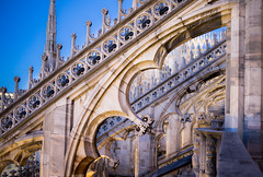 Duomo Buttress at Sunset (mfenne) Tags: leica sunset italy milan architecture focus images marlowe duomo selective fenne drala