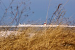 DSC05479P (Scott Glenn) Tags: lighthouse pier stjoseph lakemichigan beacon catwalk greatlake innerlight winterwonderland silverbeach berriencounty stjoe rangelight northpier lionspark a65 sonyalpha outerlight sal70300g puremichigan slta65v
