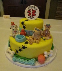 (Star Cat) Tags: dog cake event servicedog fest ssd chocolatefest cakecompetition chocolatefestweekend