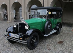 Vintage Opel (The Rubberbandman) Tags: tree green classic beauty car sedan vintage germany classiccar frog chrome german restored vehicle oldtimer 16 saloon treefrog opel 416 bockhorn laubfrosch delmenhorst oldvintage