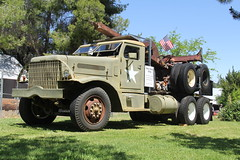 IMG_2806 (RyanP77) Tags: show california b white truck log model shiny trucker international chevy chrome r pete logger gmc peerless kw peterbilt ih kenworth cabover bullnose fruehauf