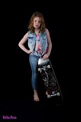 Skate girl.... (Babs de Wild) Tags: girl studio photo skate stoer