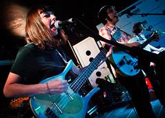 Terrier (Buzo666) Tags: madrid españa rock spain interior concierto lofi terrier psicodelia psychedelic música folkrock girlband trashpop garagepop salasilikona poppsicodélico fiestacocacola psycodellicpop