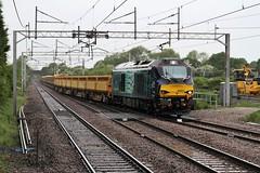 68021 Acton Bridge, Cheshire (DieselDude321) Tags: bridge ny station hall cheshire rail class crewe carlisle acton services ssm direct 68 1043 basford drs 68021 6k05
