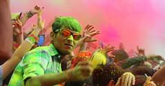 holi festival (alessandro nicomedi) Tags: festival canon persona colore uomo festa holi 600d