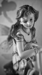13/05/2016 day 264 : portrait of a fairy - Session 4 (3 lights) (shaye.photo@yahoo.fr) Tags: shadow white black paris weather noir cloudy ombre rainy figurine miss fe blanc nostalgie meteo fee nostalgy iphone project365 365days nairy 500px 365photos iphonephoto missmeteo ifttt iphone6s