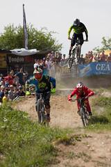 MTB Festival-8237 (Joachim Krawitsch) Tags: jkfotos 50d canon eos fotoachim joachimkrawitsch mtb mountainbike pov panzergelnde photographie reutlingen air bikers crazy dangerous festival jump race stunt sunny time