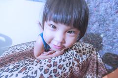 KUN_3992 () Tags: baby cute kids children nikon child g wide happiness wideangle kawaii littlegirl  f4 vr extendedfamily  1635     playinggame 1635mm lovefamily   d3s   nikonafsnikkor1635mmf40gedvr 2016201606