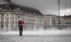 Capteur de brume (mist catch) (@phr_photo) Tags: bordeaux street lovely city flickrdiamond architecture photographer photographe mist brume tourist place de la bourse ville twop