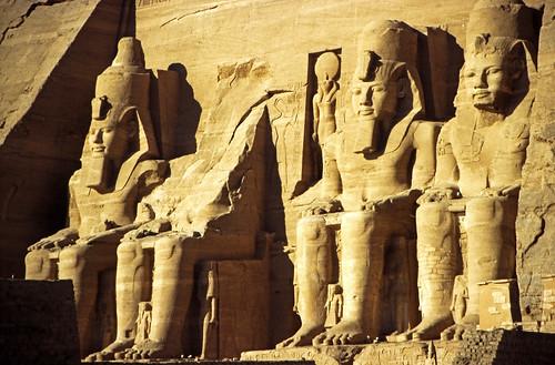 "Ägypten 1999 (126) Assuan: Großer Tempel von Abu Simbel • <a style=""font-size:0.8em;"" href=""http://www.flickr.com/photos/69570948@N04/27204938430/"" target=""_blank"">View on Flickr</a>"