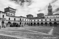 Mantova @Piazza Castello (Lord Seth) Tags: bw italy nikon arte candid streetphotography mantova architettura cultura biancoenero citt gonzaga piazzacastello 2016 d5000 lordseth