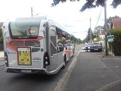 Lacroix rseau Valoise Heuliez GX 337 hyb DZ-939-TC (95) n1017 (couvrat.sylvain) Tags: lacroix cars bus autobus heuliez heuliezbus gx 337 hybride valoise beauchamp