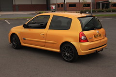 LY 182 27-06-16 006 (AcidicDavey) Tags: yellow clio renault liquid 182 renaultsport