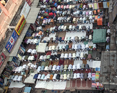 INDIA7802 (a PSYCHIATRIST'S view) Tags: india islam prayer religion photojournalism muslims kolkata sabbath namaz jummha