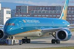 VN-A867 (Dutch Civil Aircraft Photography) Tags: boeing vietnamairlines 787 7879
