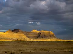 Book Cliffs Light & Cloud (xjblue) Tags: sunset landscape utah spring olympus e5 bookcliffs