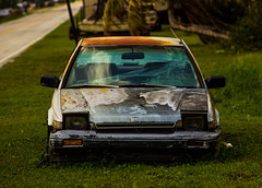 road street abandoned car canon honda photography 50mm miami country 1996 neglected rusty crx afternoons t3i