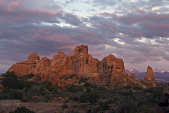 Sunset at Arches (San Francisco Gal) Tags: sunset sky cloud nature landscape nationalpark sandstone arches archesnationalpark mygearandme mygearandmepremium mygearandmebronze mygearandmesilver mygearandmegold mygearandmeplatinum mygearandmediamond vigilantphotographersunite vpu2 vpu3 vpu4 vpu5 vpu6 vpu7 vpu8 vpu9 vpu10 infinitexposure