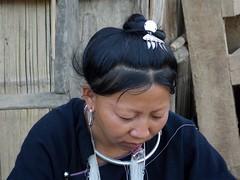 Nord-Laos III (Feb. 13) (Syydehaas) Tags: trekking paper war asia asien southeastasia sdostasien tea native buddha pipe boten bamboo kip tribe laos markt trade opium mekong homestay cultural hmong mohan tempel goldentriangle hilltribe akha indochina dschungel bambus ecotourism pagode mnch animism luangnamtha kamu buddhismus khamu namtha muangsing abenteuer borten lanten animist bokeo teahorseroad khmu bamboopaper houaxai bambootrail highflyer261 syydehaas middlemekong sopsine watxiengchai namkhone khamutrail