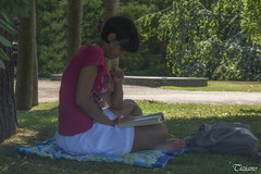 reading in the park (Tiziano Photography) Tags: park trees woman parco alberi reading book donna libro leggendo absorbed assorta d5200 nikond5200