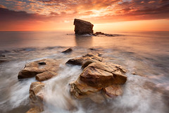 Charley's Garden, Collywell Bay (Alistair Bennett) Tags: seascape sunrise coast rocks northumberland seatonsluice nd09 collywellbay charleysgarden canonef1740mm4lusm gnd075he gnd045se