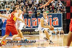 Voskuil (BasketInside.com) Tags: italy biella bi 2014 2013 angelicobiella lauretanaforum legaduegold verolibasket