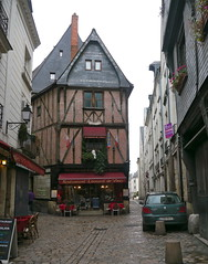 Tours, Indre-et-Loire (Marie-Hlne Cingal) Tags: france centre 37 tours halftimbered colombages touraine indreetloire