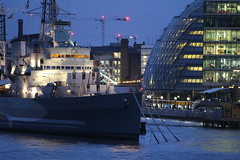 HMS Belfast and City Hall, London (as098_uk) Tags: england london unitedkingdom cityhall hmsbelfast southbankofthethames