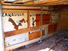 Chabola (Reinares2011) Tags: soto cartel larioja cameros chabola