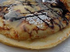 SchwedenEierkuchen - besonders lecker serviert im Bistro Arkona in Sellin auf Rgen (Sockenhummel) Tags: pancakes fuji balticsea rgen ostsee x20 sellin mecklenburgvorpommern eierkuchen inselrgen hausarkona fujifilmx20 bistroarkona schwedeneierkuchen