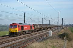 60092 - East Hyde - 6E38 (richa20002) Tags: diesel engine loco class locomotive tug freight 60 midland tanks dbs mainline mml