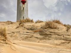 Le phare de la Coubre (HachD63) Tags: mer france nikon coolpix plage phare ocan