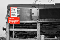 Warning Sign. (curly42) Tags: notice railway warningsign dbs class66 ews publiccrossing