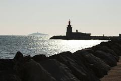 Phare du port de Sanary-sur-Mer (Jef ALTERO) Tags: mer port phare sanarysurmer