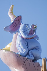 Horton (CptSpeedy) Tags: elephant outdoors orlando colorful seuss grinch horton universal drseuss catinthehat lorax islandsofadventure