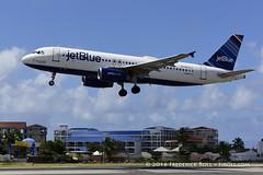 Jet Blue A320 ~ N526JL ( Freddie) Tags: sunsetbeach stmaarten maho sxm sintmaarten mahobeach princessjulianainternationalairport lesserantilles dutchcaribbean sxmtncm thefriendlyisland fjroll caribees